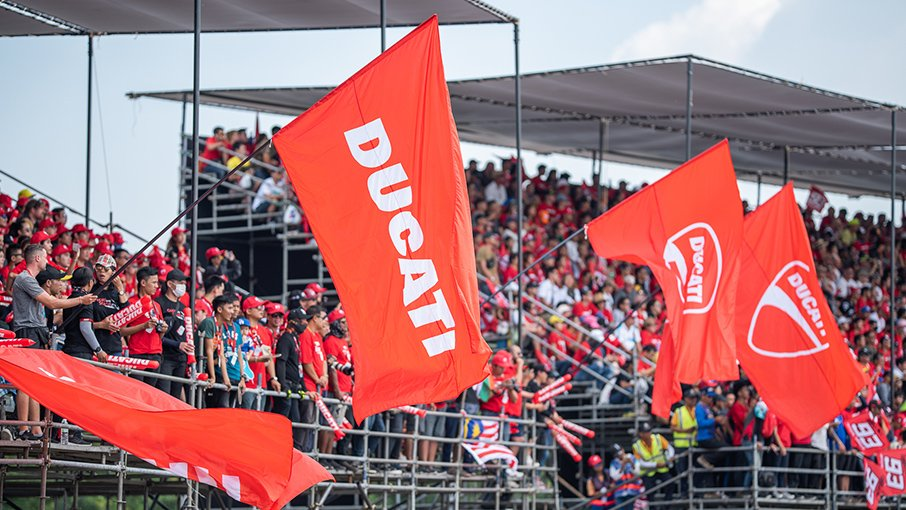 Tribuna-Ducati-Thai-02-Gallery-906x510
